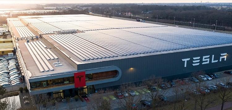 Завод Gigafactory Tesla