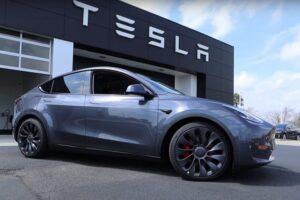 Tesla по капитализации обогнала Bitcoin