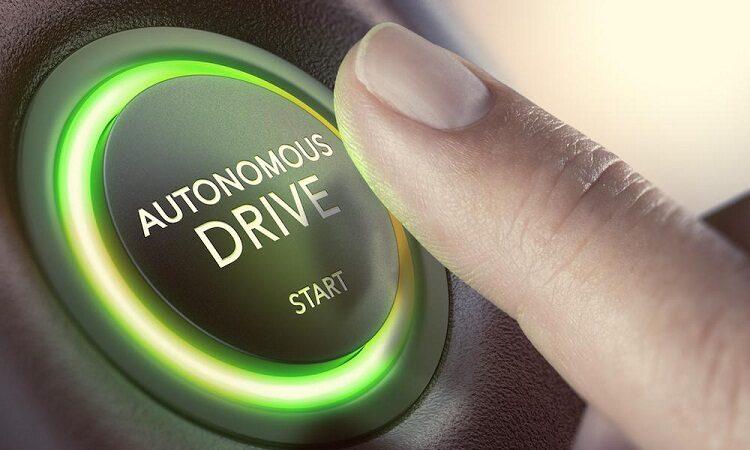 Создатель PayPal инвестирует в беспилотные автомобили