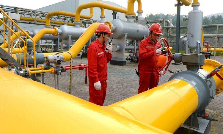 Китай догоняет США по переработке нефти