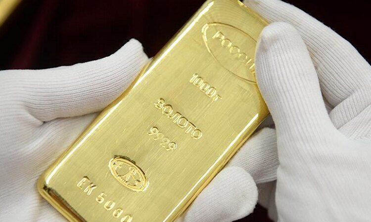 Золото дешевеет перед началом вакцинации в США