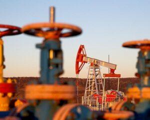 Спрос на нефть в 2021 году может вырасти на 3-5 млн