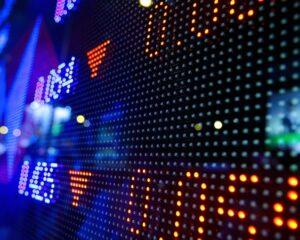 Топ-20 подешевевших российских акций 2020 года