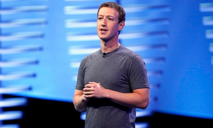Цукерберг продал акции Facebook на $1 млрд