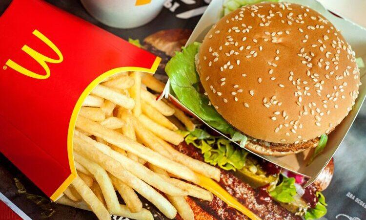 McDonald's вернулся к докризисным показателям продаж